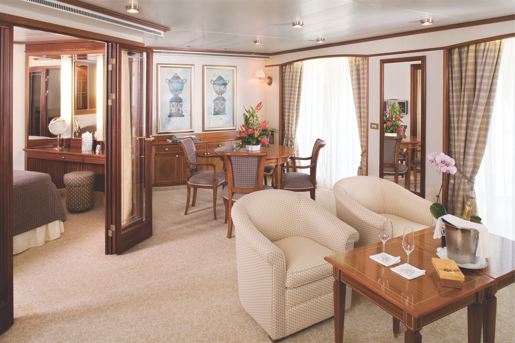 Silversea Cruises Silver Shadow Accommodation Silver Suite.jpg