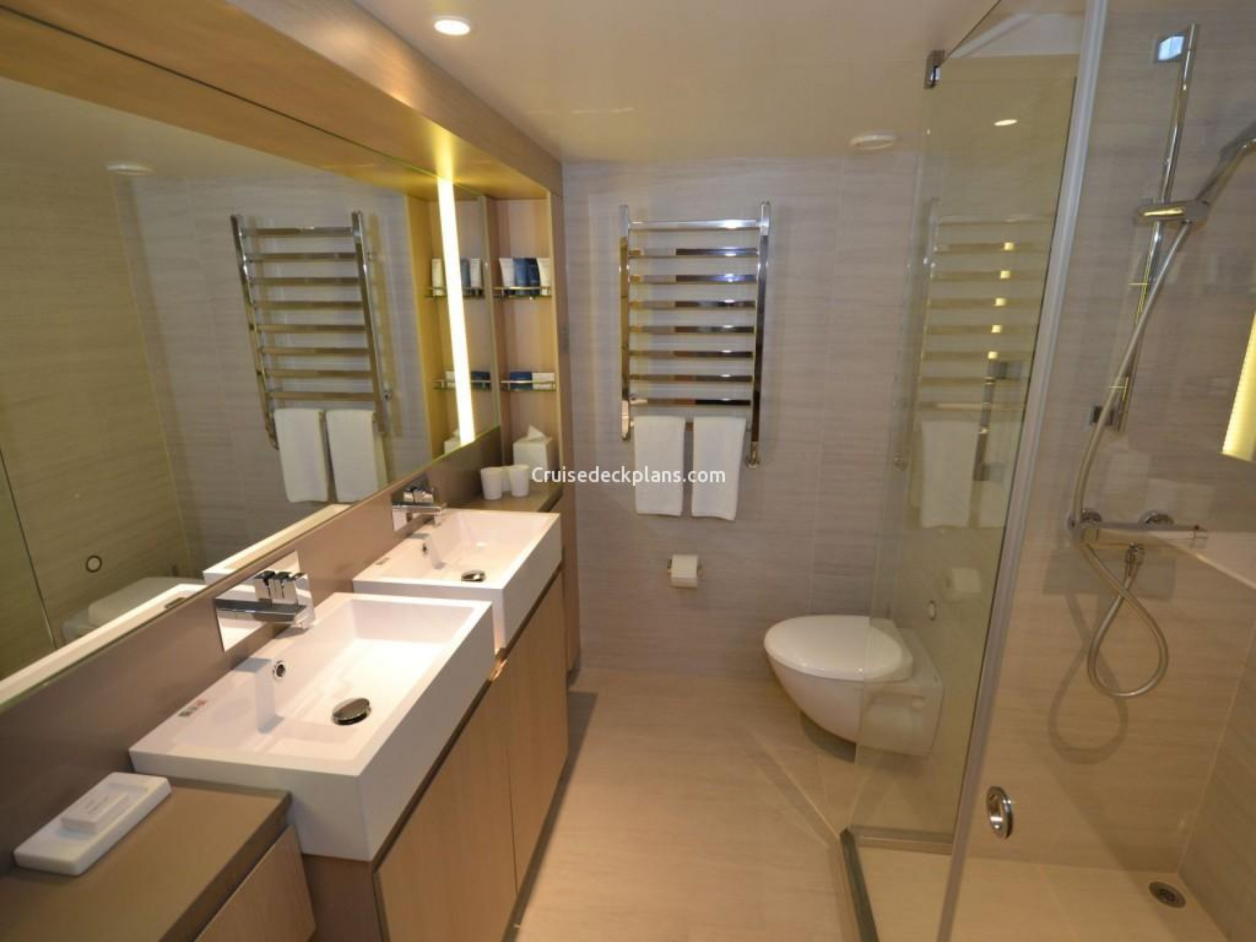 Viking - Star - Accommodation - Penthouse Jnr (3).JPG