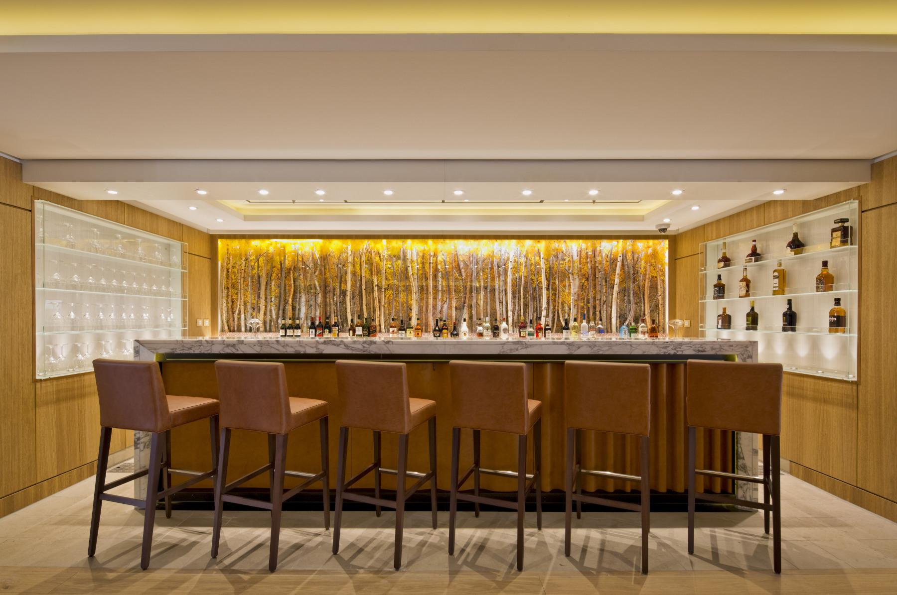 Viking Ocean Cruises Viking Star Restaurant Bar.jpg