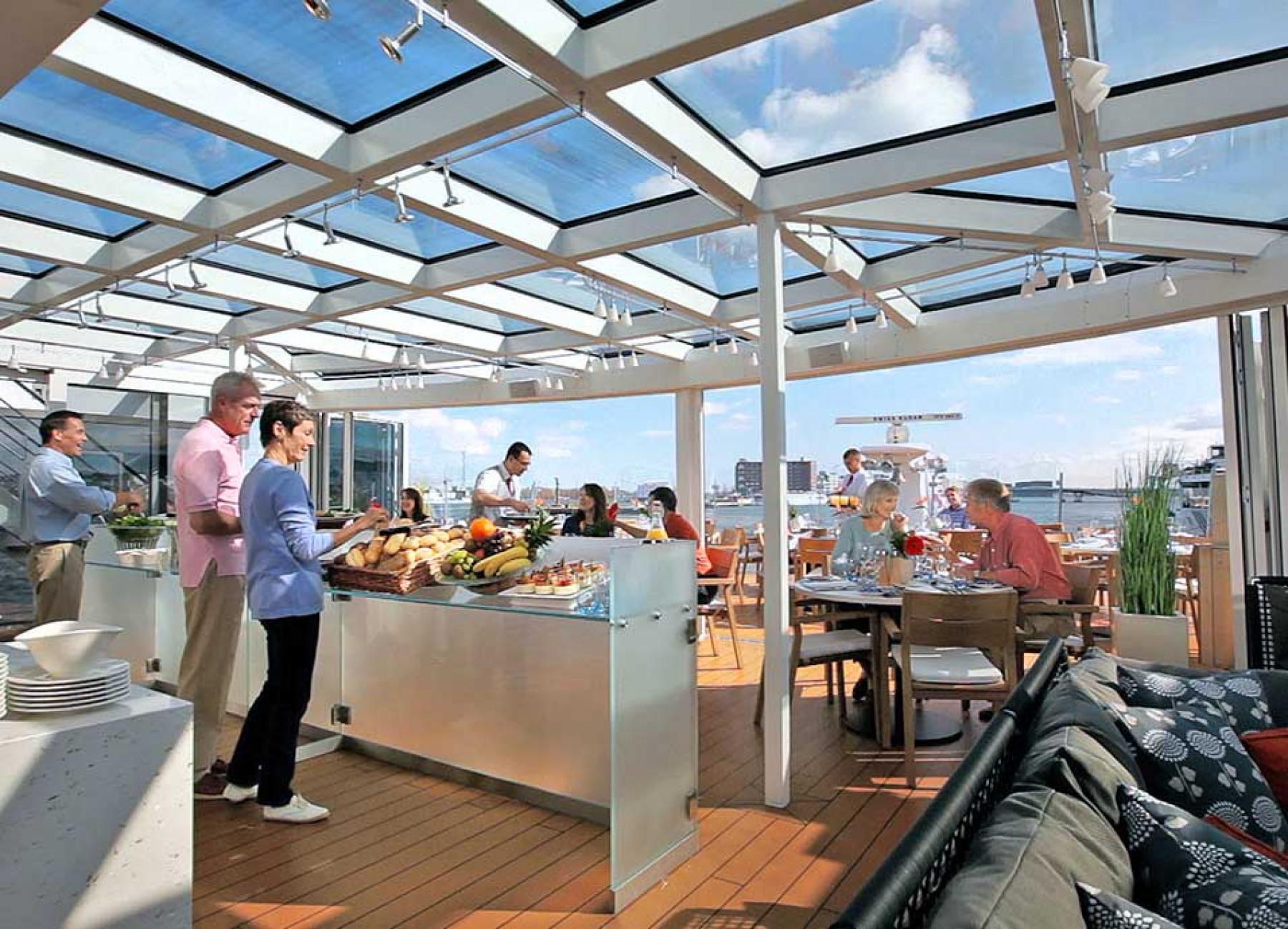 Viking River Cruises Viking Longships Aquavit Dining.jpg