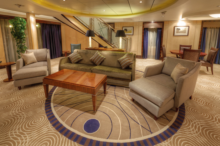 cunard queen mary 2 q1 grand duplex.JPG