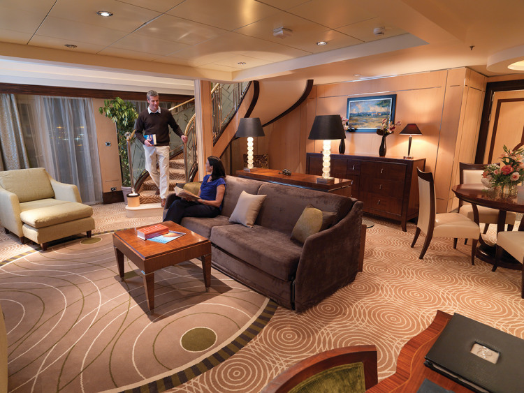 cunard queen mary 2 q2 duplex.JPG