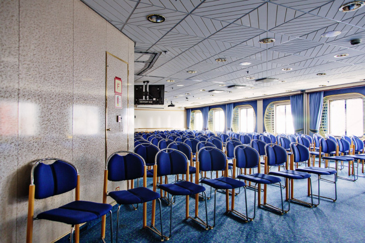 Hurtigruten Cruise Lines MS Polarlys Interior Seminar.jpg