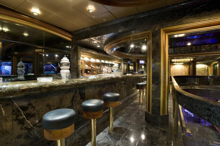 Carnival Fantasy Majestic Bar 1.jpg