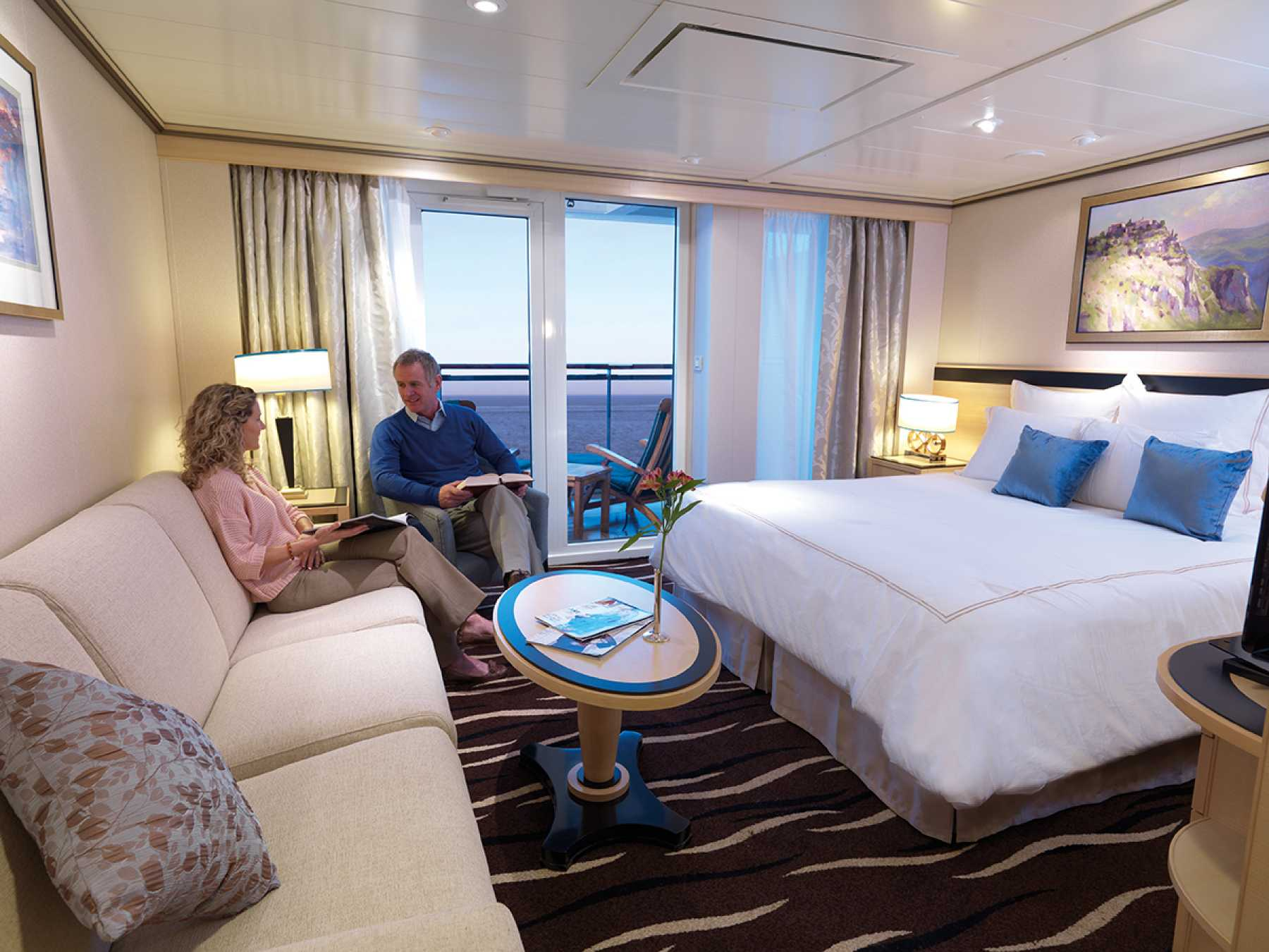Cunard Line Queen Mary 2 P1 Princess Grill Suite 1.JPG