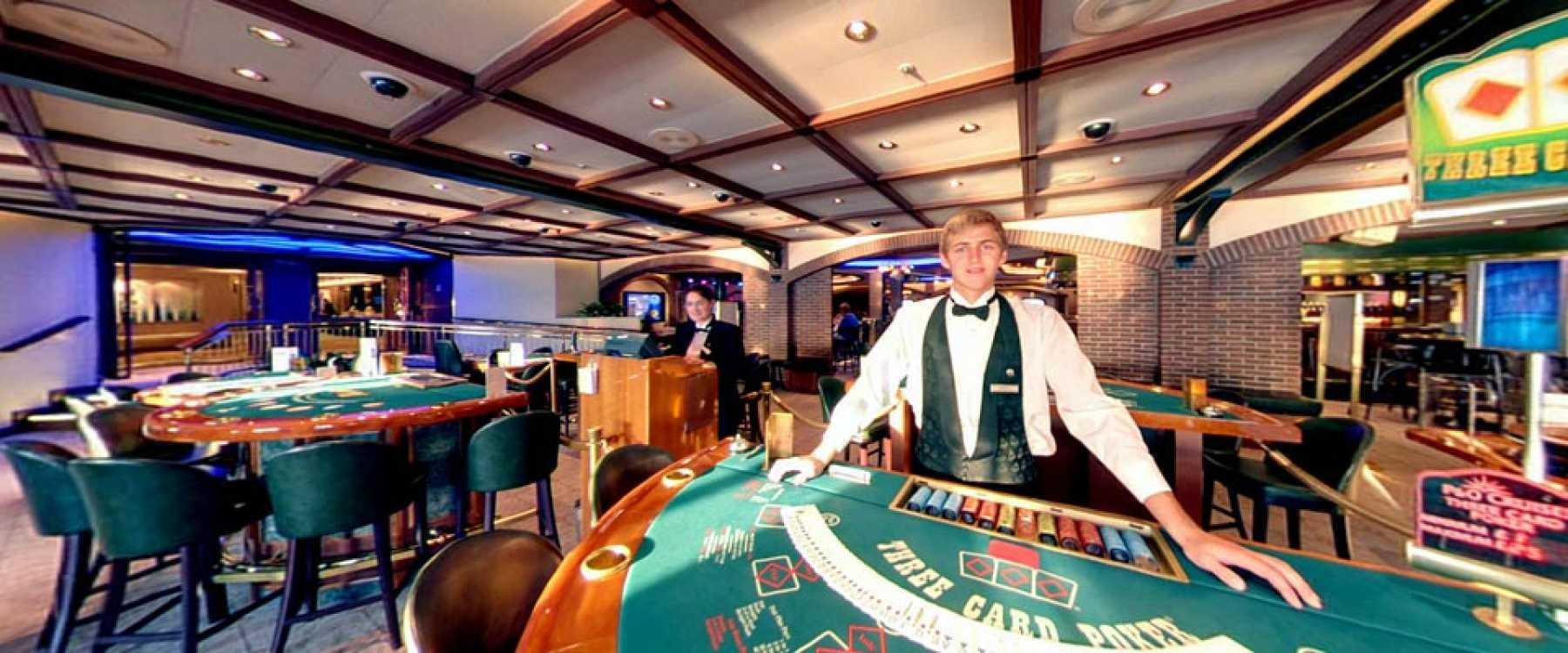 P&O Cruises Ventura Interior Casino Fortunes 1.jpg