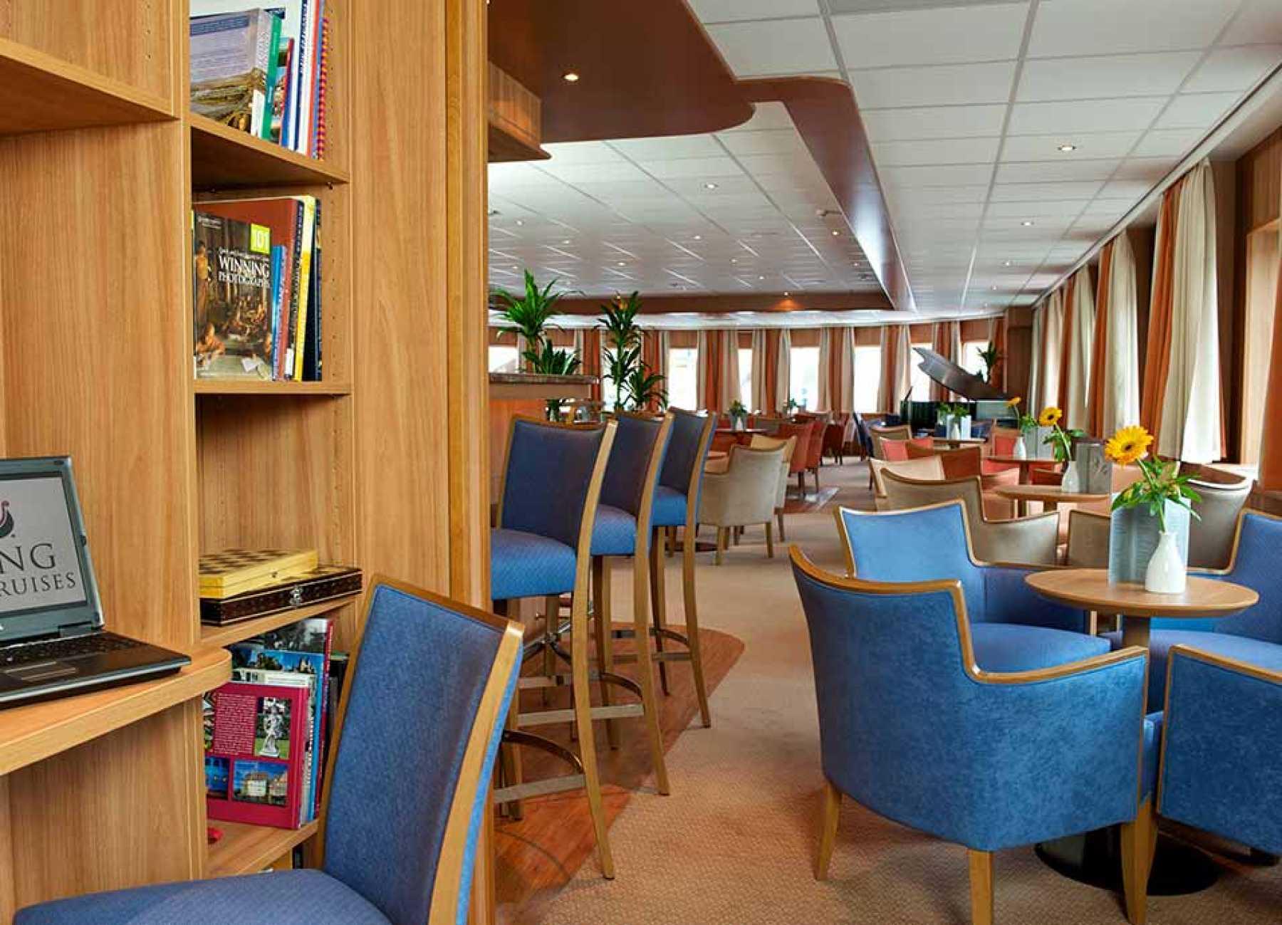Viking River Cruises Viking Fontane Viking Schumann Interior Library.jpg