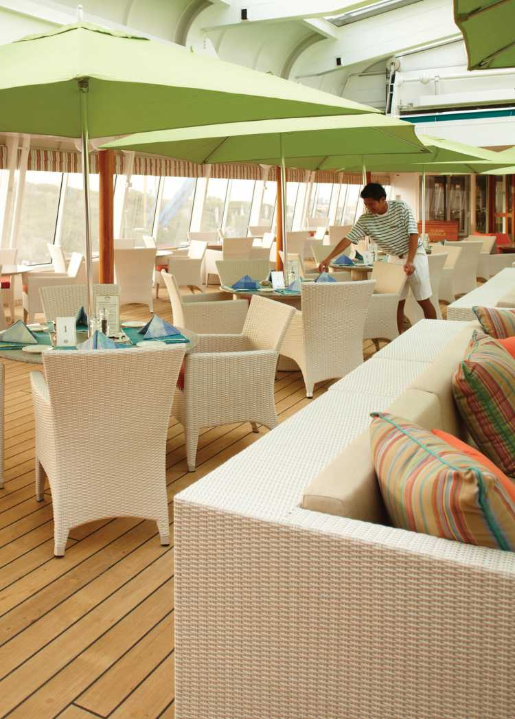 crystal cruises crystal symphony trident bar and grill 1.jpg