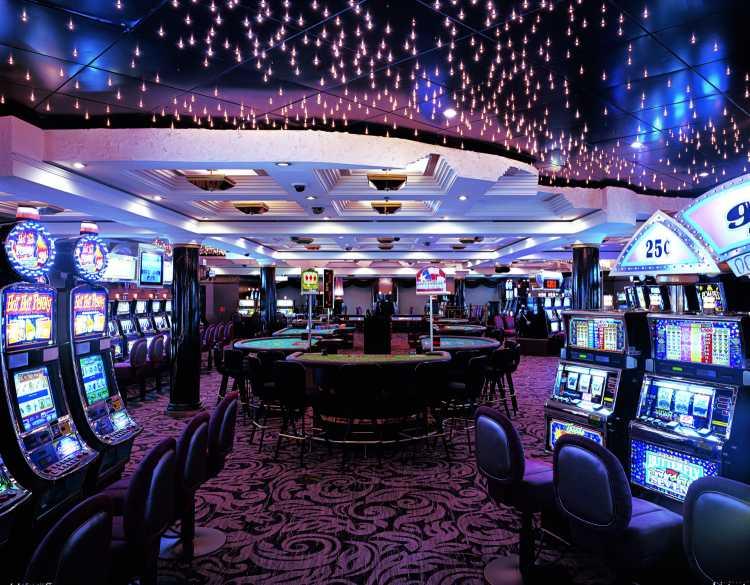 crystal cruises crystal symphony crystal casino.jpg
