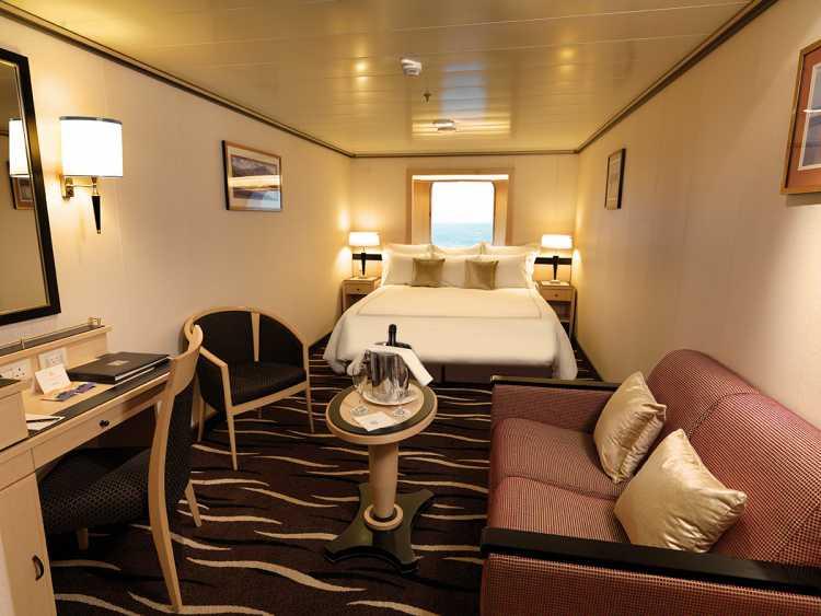 Cunard Line Queen Mary 2 C3 Oceanview 1.JPG