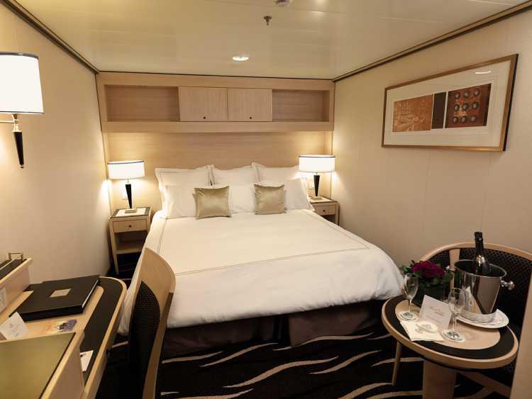 Cunard Line Queen Mary 2 D4 Standard Inside 1.JPG