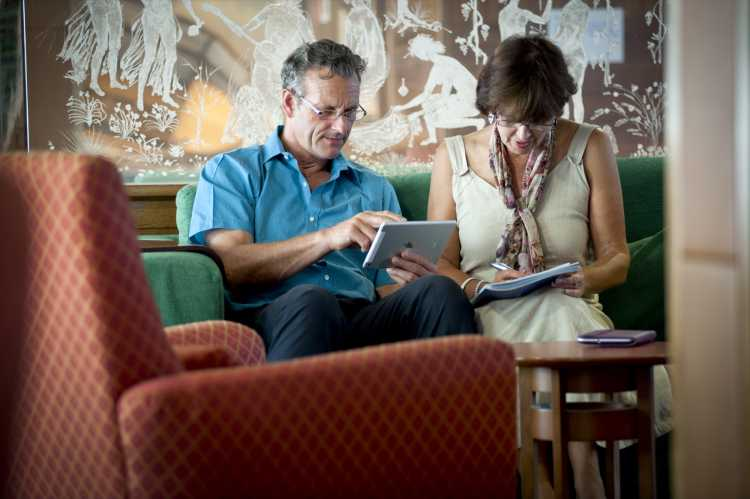 Fred Olsen Cruise Line Boudicca Interior Library Couple Reading.jpg