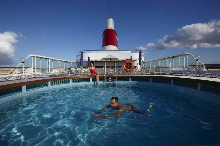 Fred Olsen Cruise Line Boudicca Exterior Swimming Pool.jpg