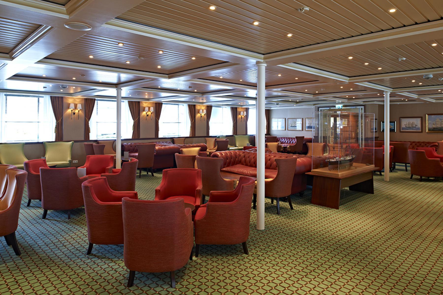fred olsen cruise lines balmoral lounge 4 2014.jpg