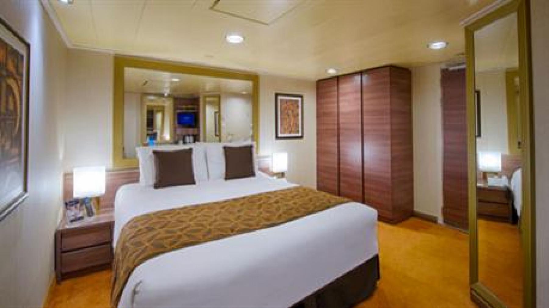 MSC Fantasia Class inside cabin 2.jpg