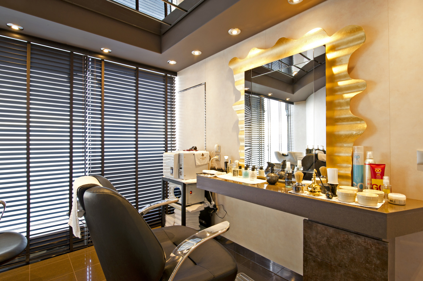 MSC Fantasia Class barbers.jpg