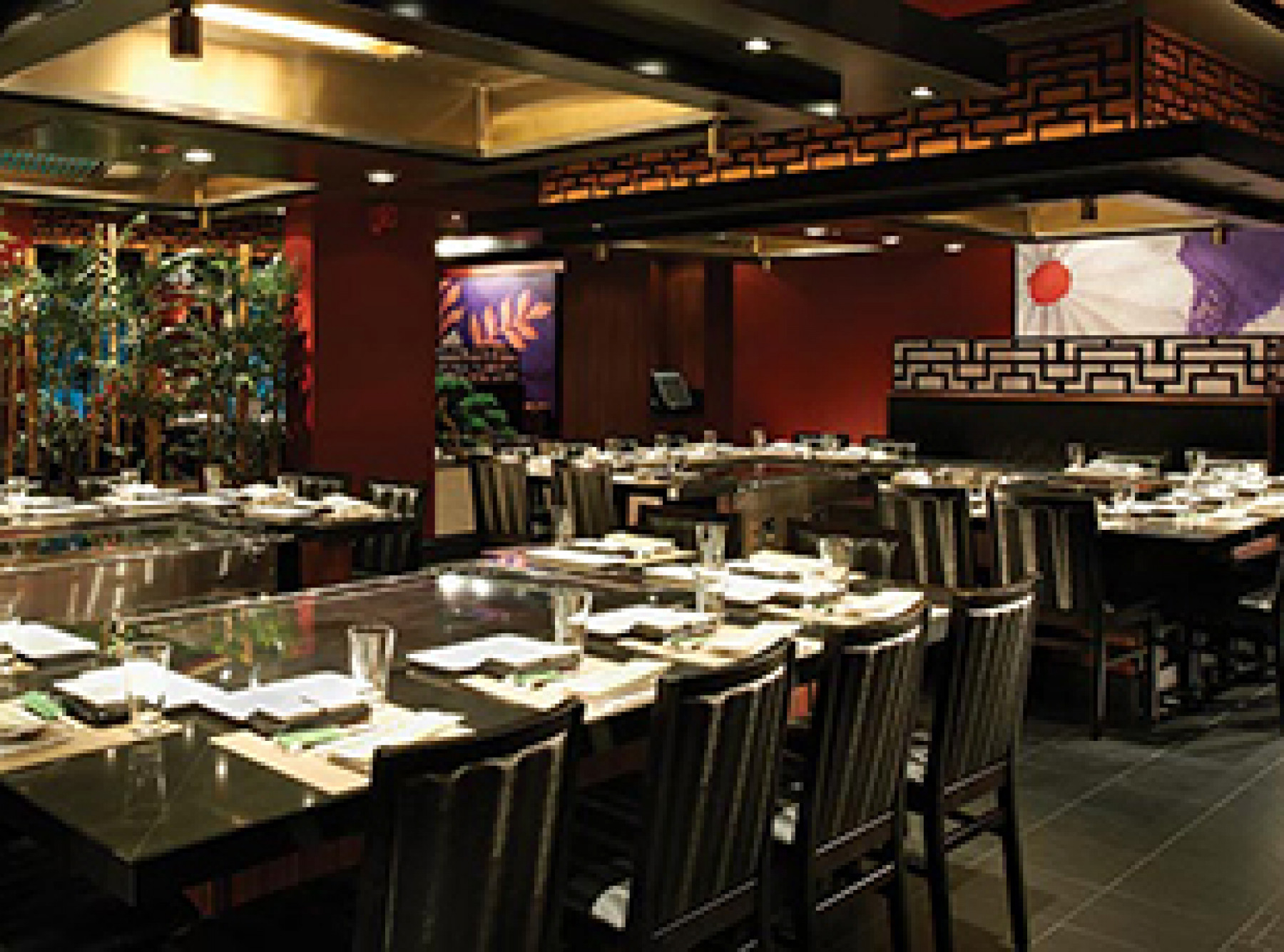 Norwegian Cruise Line Norwegian Breakaway Interior Teppanyaki.jpg
