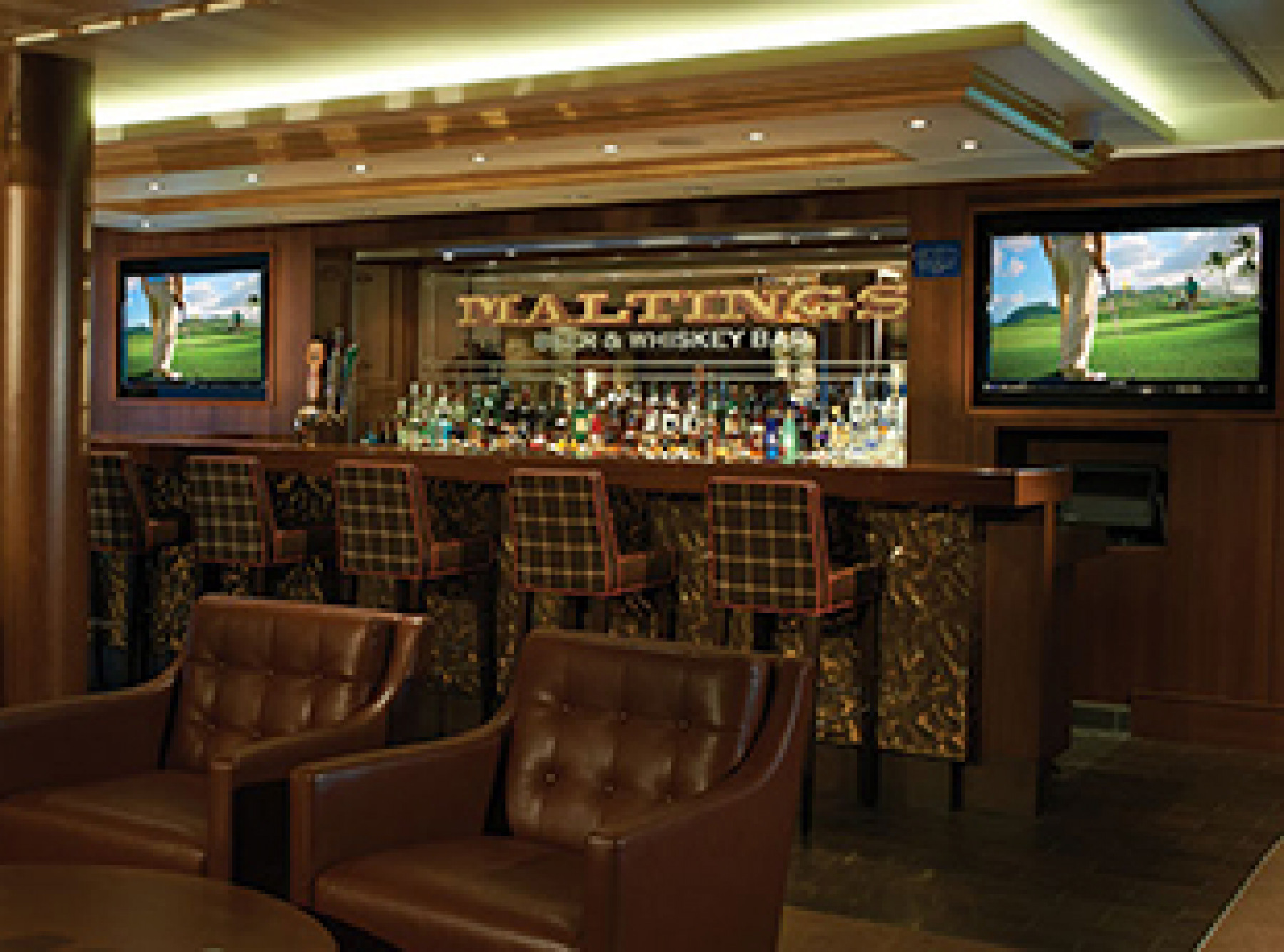 Norwegian Cruise Line Norwegian Breakaway Interior Maltings Beer and Whiskey Bar.jpg