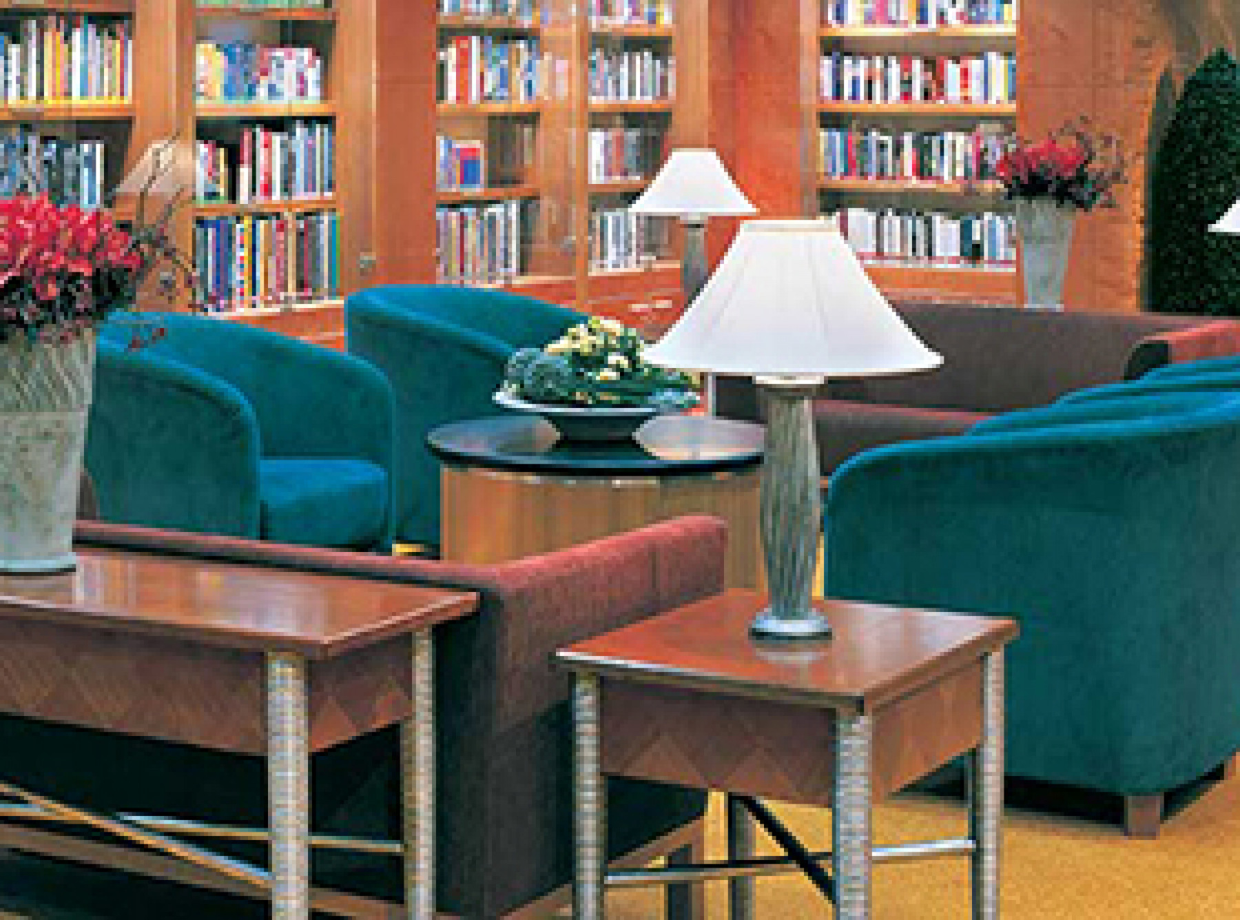 Norwegian Cruise Line Norwegian Dawn Interior Library.jpg