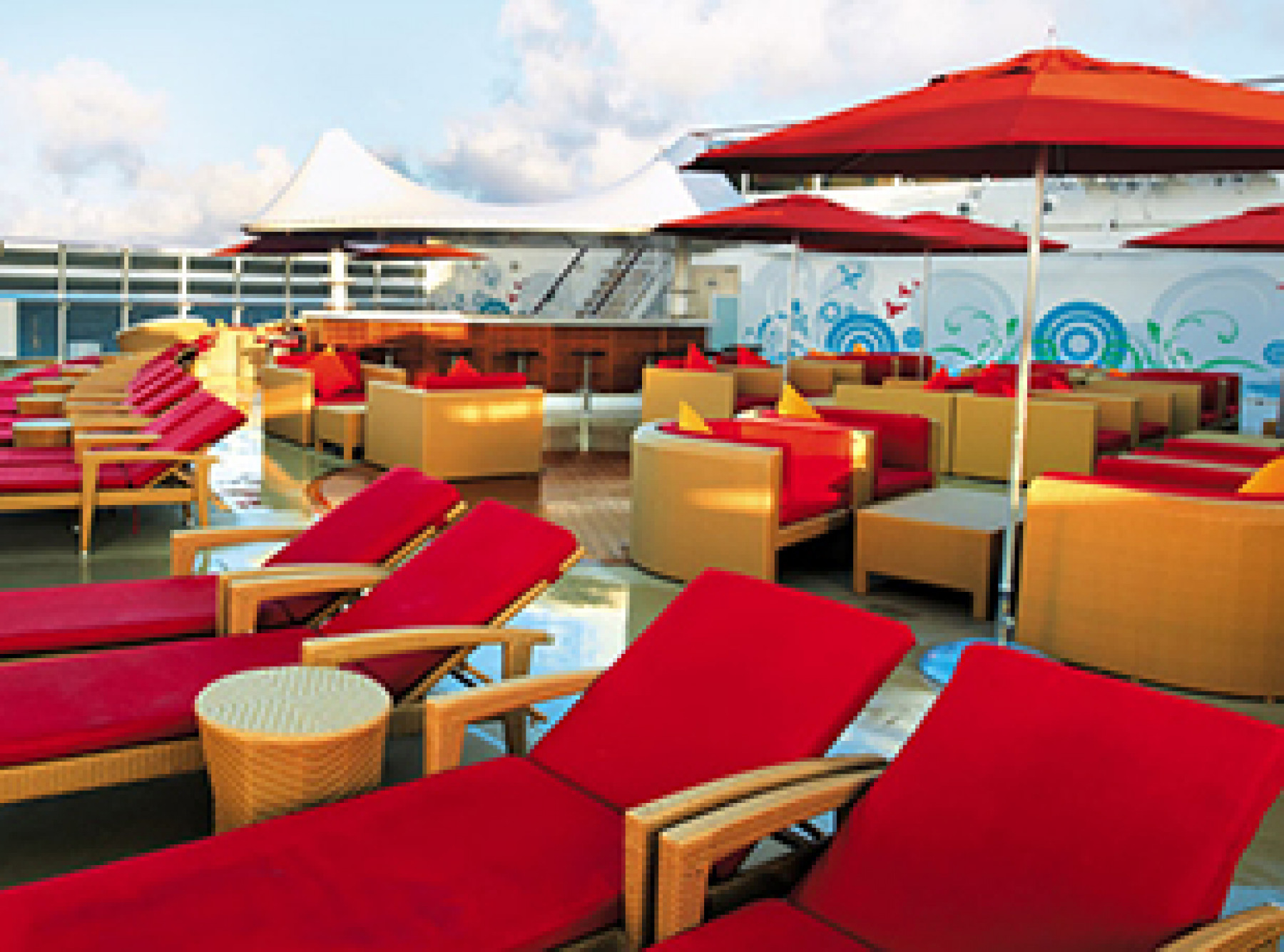 Norwegian Cruise Line Norwegian Epic Exterior Posh Beach Club.jpg
