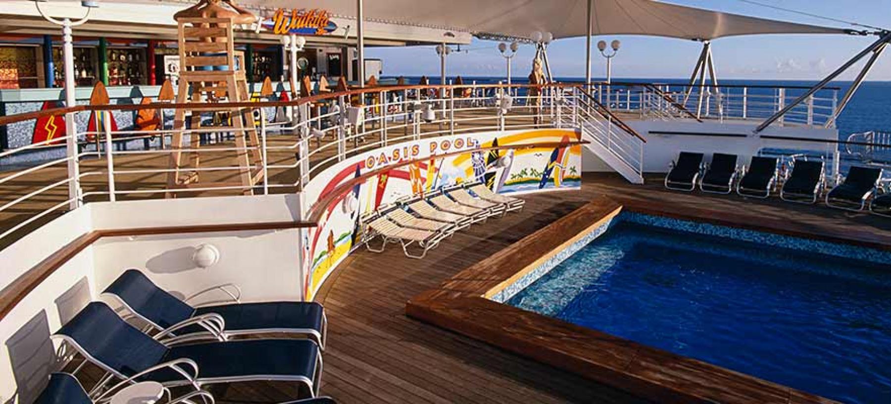 Norwegian Cruise Line Pride of America Exterior oasis pool.jpg