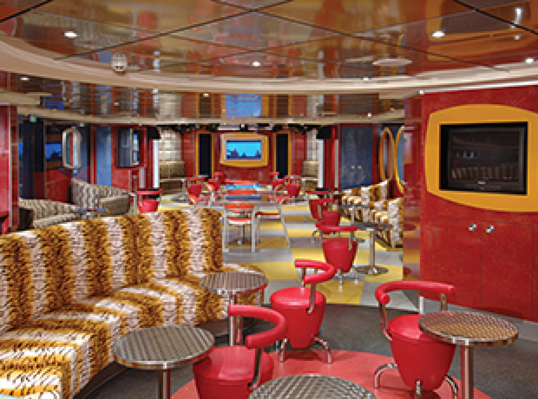Norwegian Cruise Line Pride of America Interior connections teens.jpg
