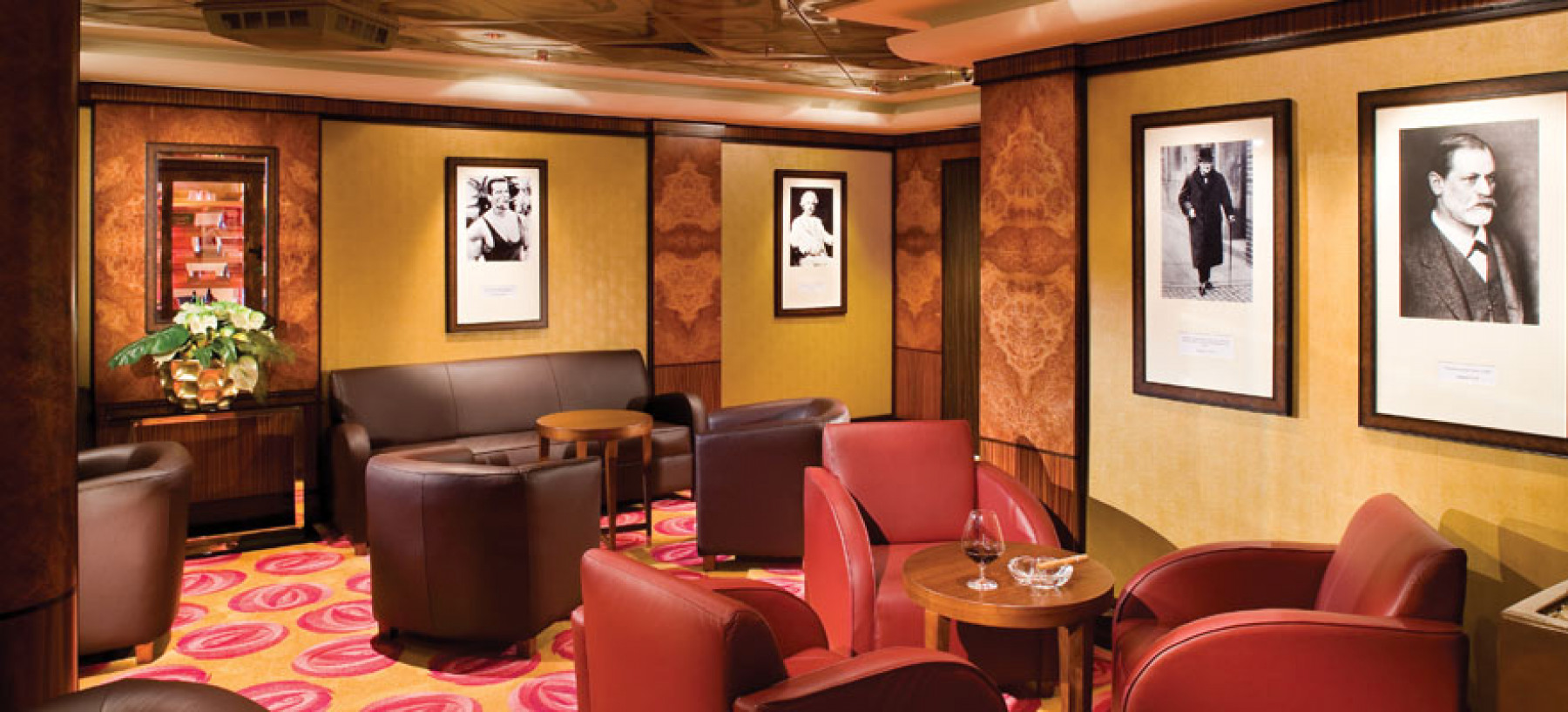 Norwegian Cruise Line Norwegian Pearl Cigar lounge.jpg