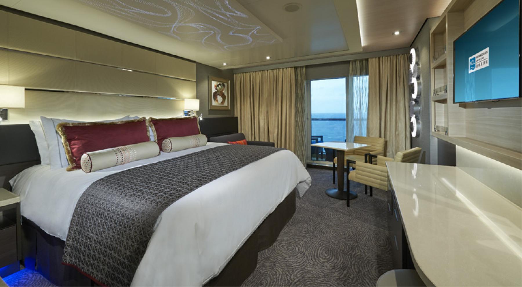 Norwegian Cruise Lines Norwegian Joy Accommodation The Haven Courtyard Suite.jpg