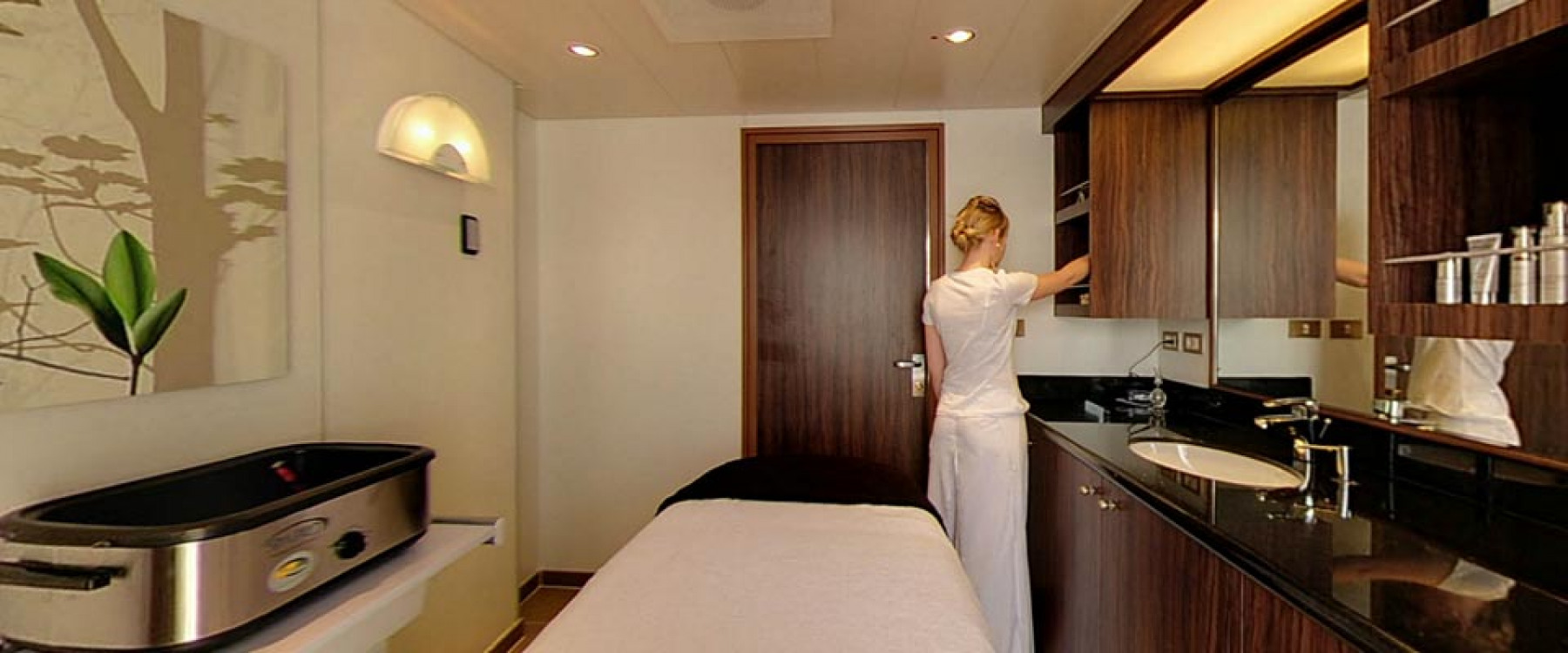 P&O Cruises Azura Interior Spa Treatment Rooms.jpg