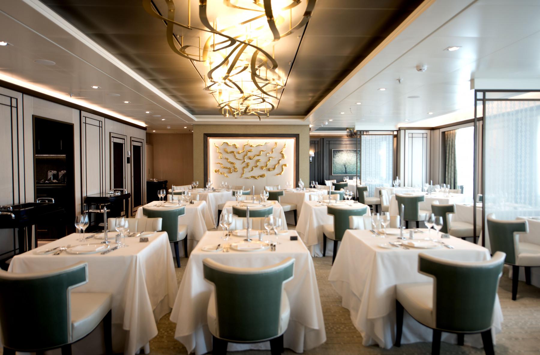 P&O Cruises Britannia Interior The Epicurean Mod D806541 [Tif 14715119202].jpg