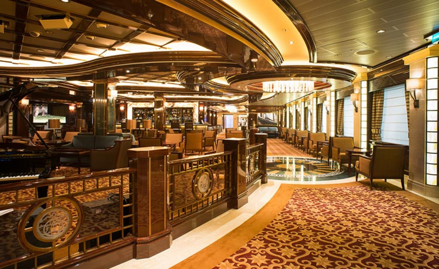 Princess Cruises Royal Class Interior wheelhouse.jpg