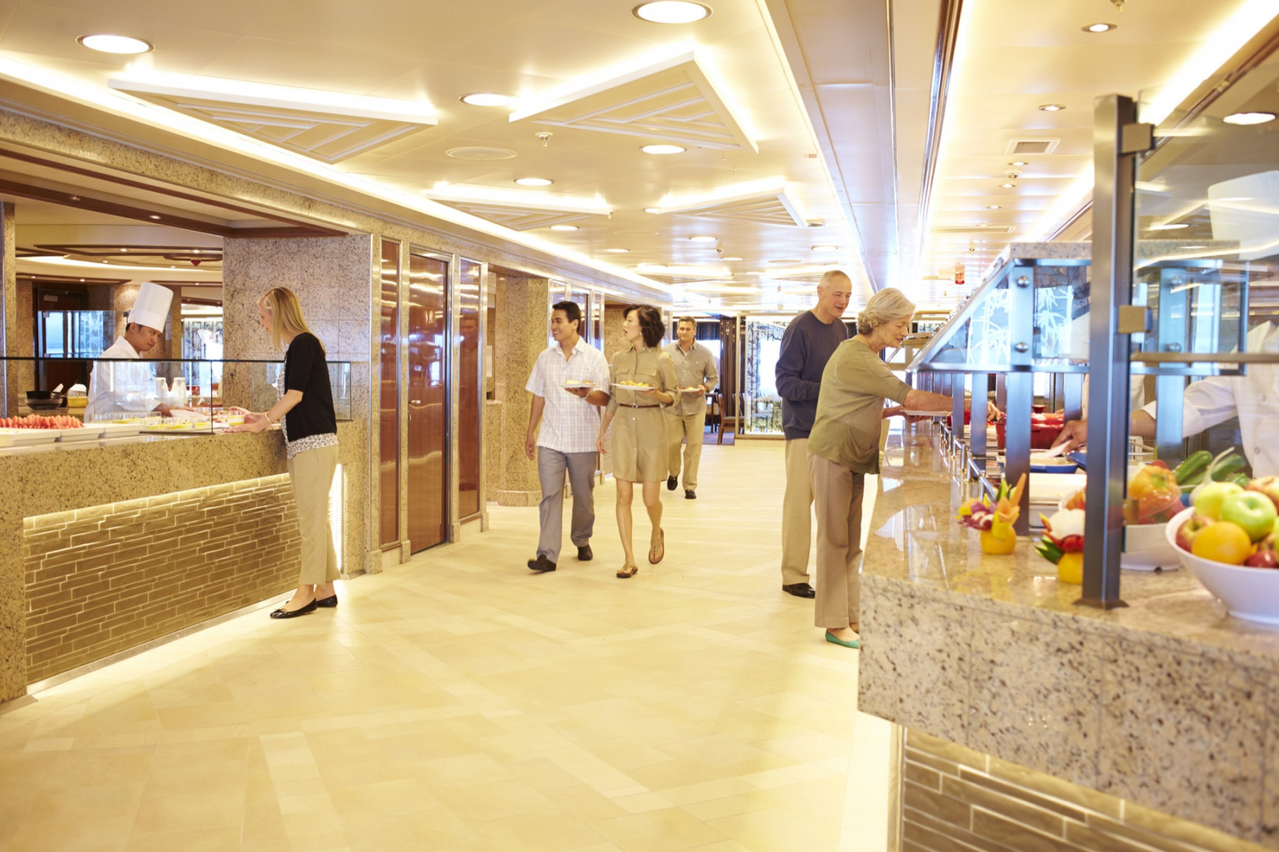 Princess Cruises Coral Class Interior Horizon Court.jpg