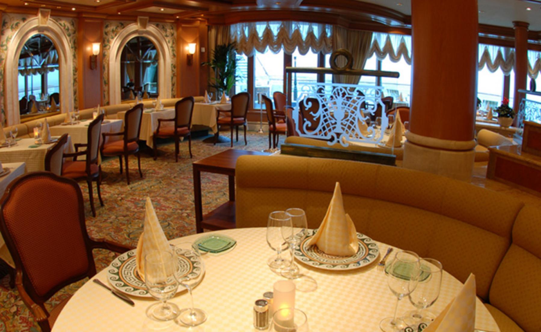 Princess Cruises Ruby Princess Interior Sabatinis.jpg