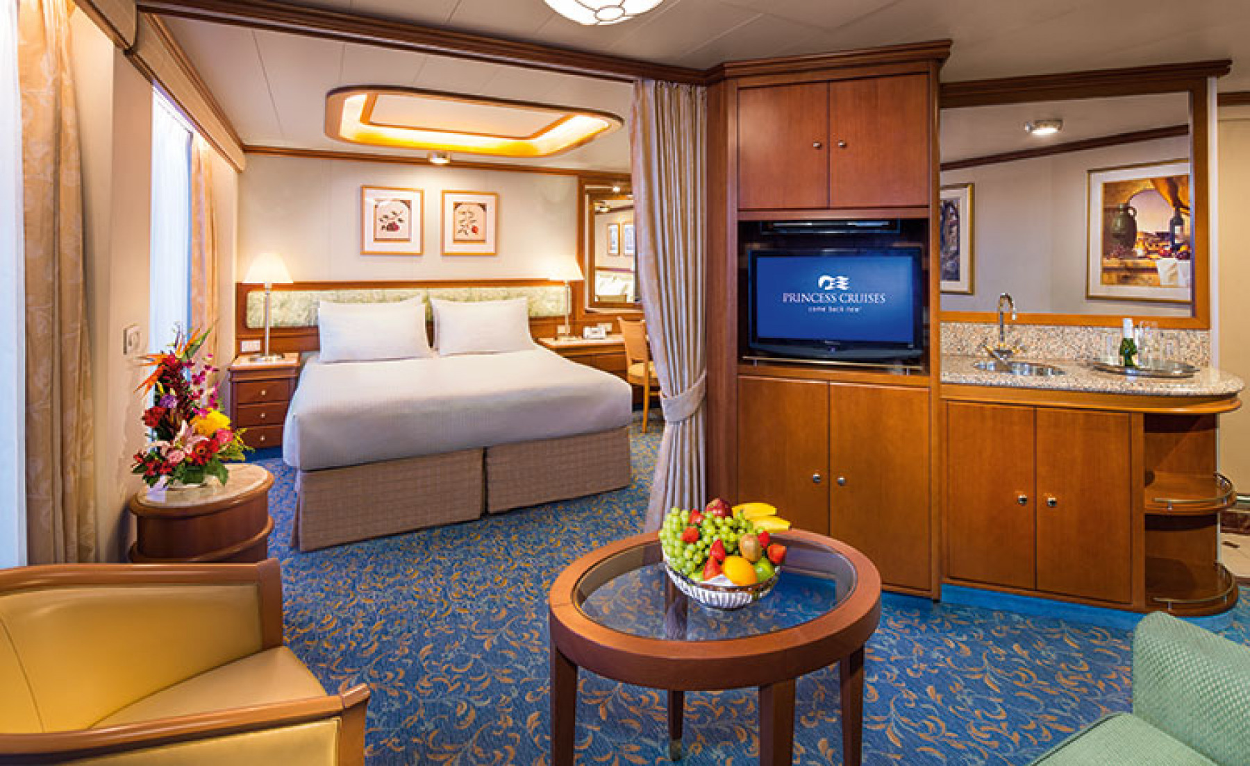 Princess Cruises Coral Class AccomodationSuite.jpg