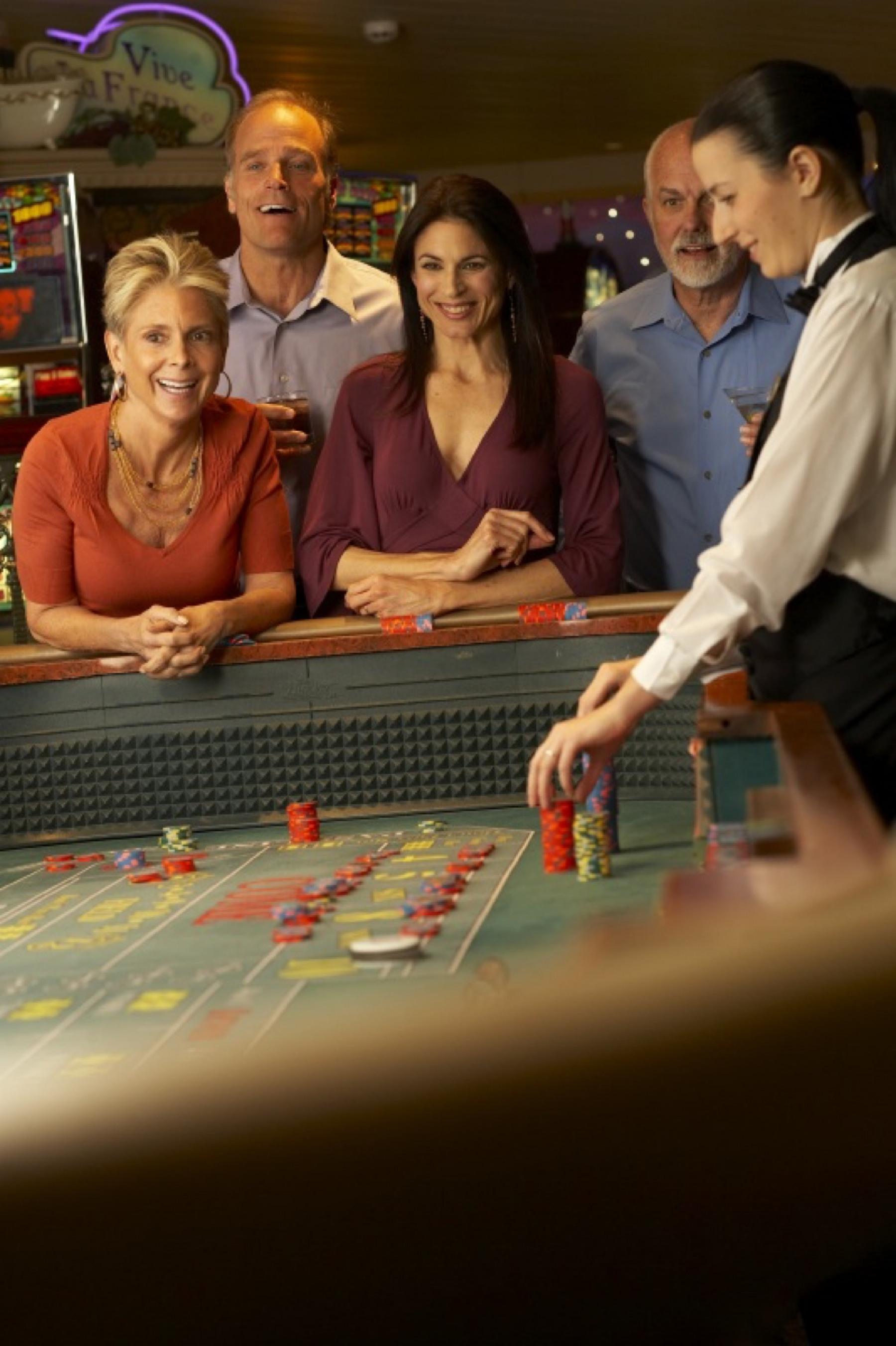 Princess Cruises Coral Class Interior casino**.jpg