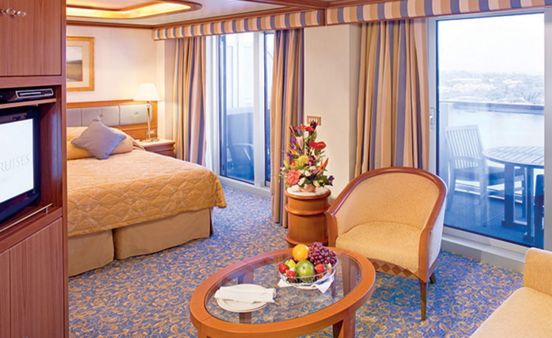 Princess Cruises Ruby Princess Accommodation Suite with Balcony.jpg