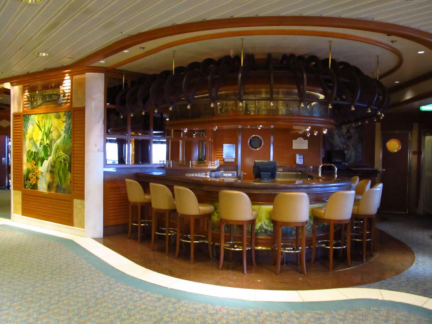 princess cruises grand class promenade lounge & bar.jpg