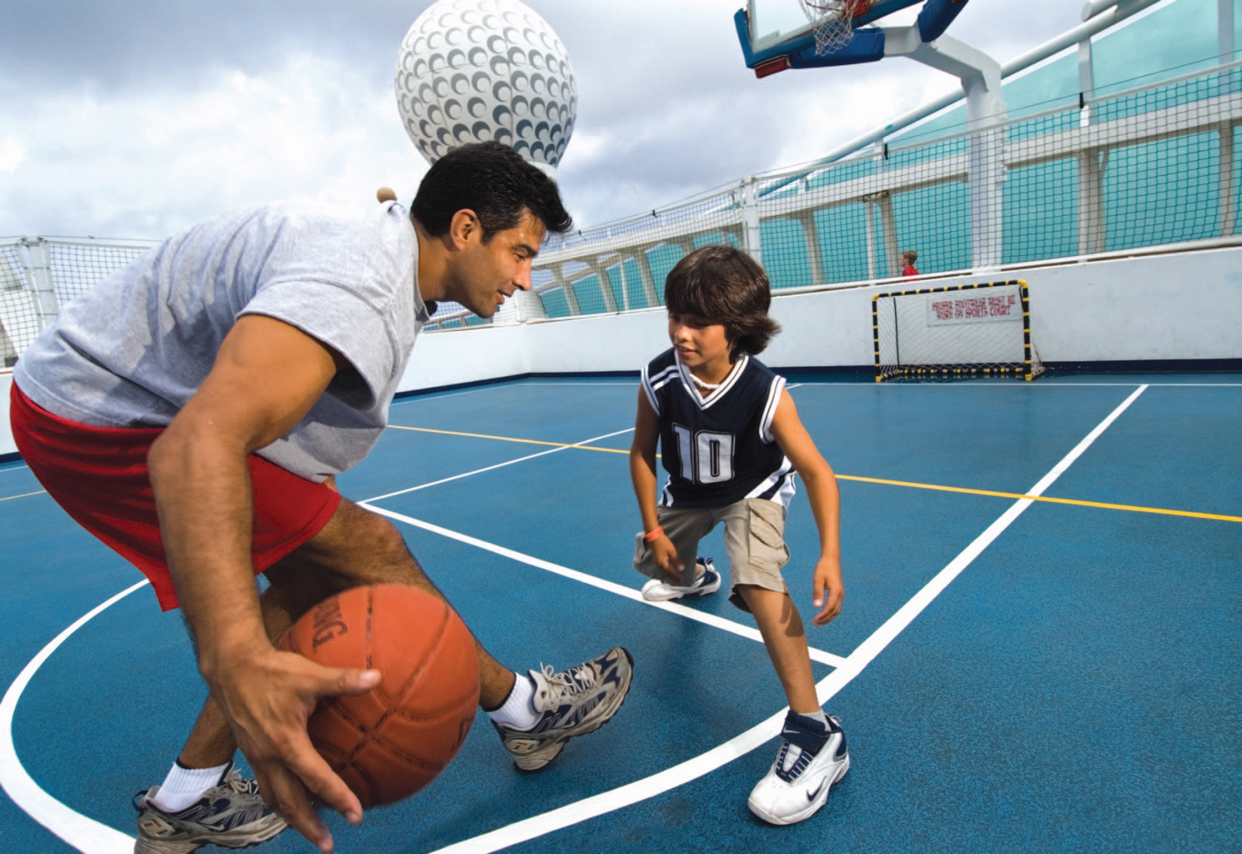 Royal Caribbean International Voyager of the Seas Exterior Hoops Court 3.jpg