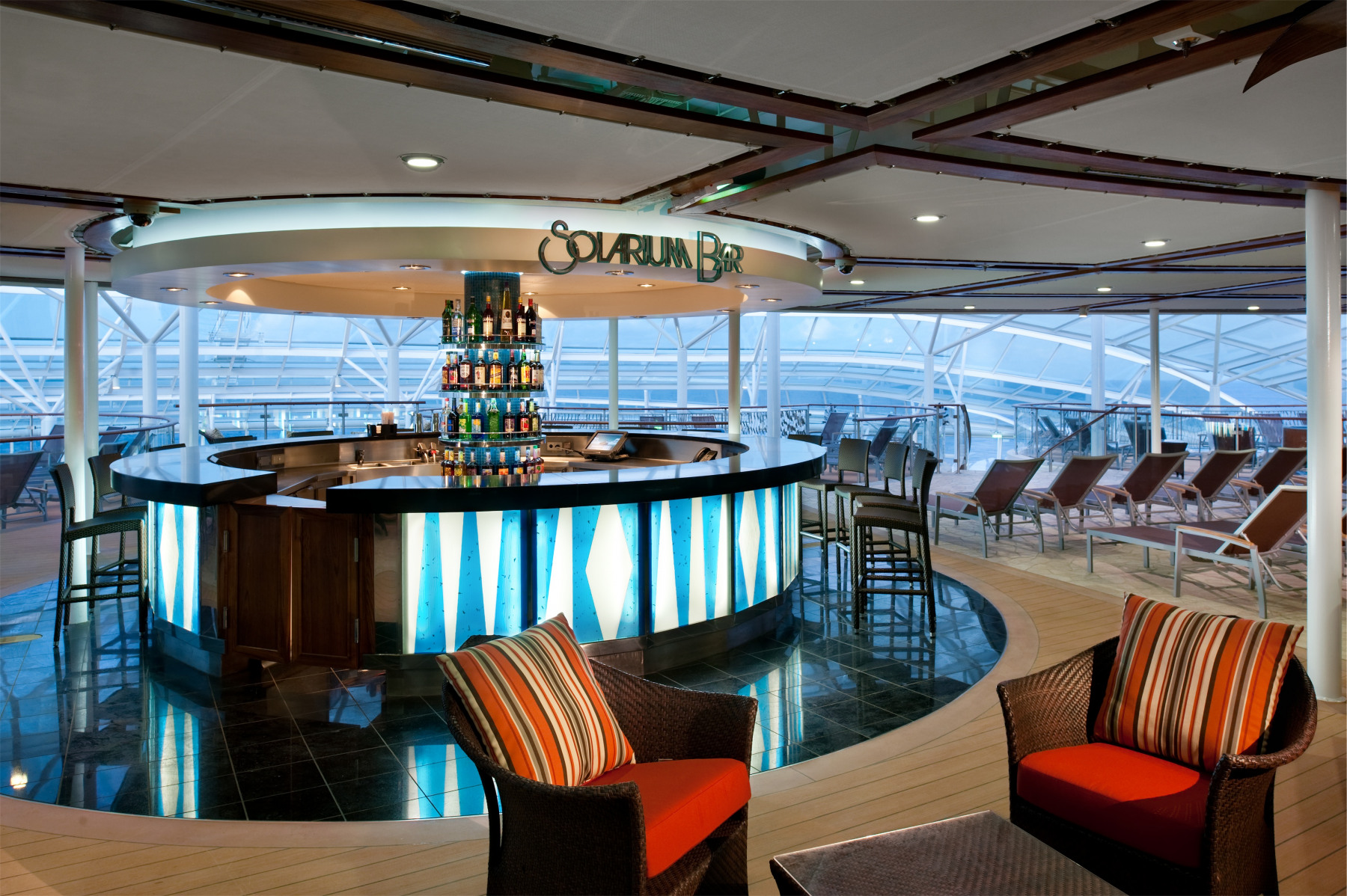 Royal Caribbean International Oasis of the Seas Interior Solarium Bar.jpg