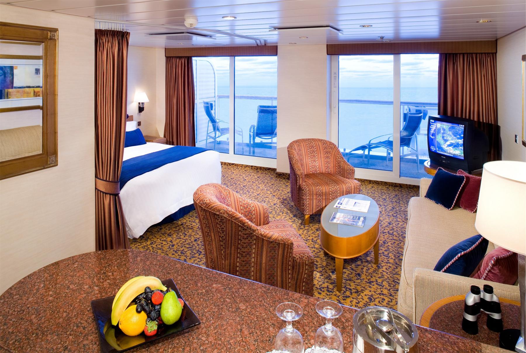 Royal Caribbean International Jewel of the Seas Accommodation Suite Cat GS.jpg