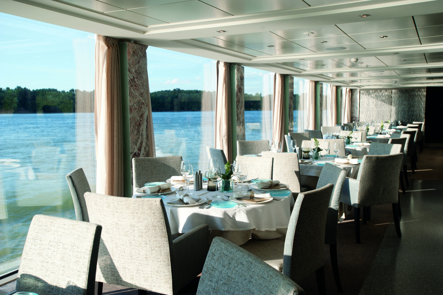 Viking River Cruises Viking Longships Interior Restaurant.jpg
