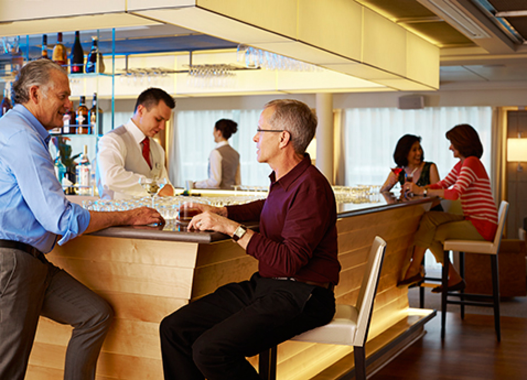 Viking River Cruises - Freya - Entertainement - Bar - Photo 2.jpg