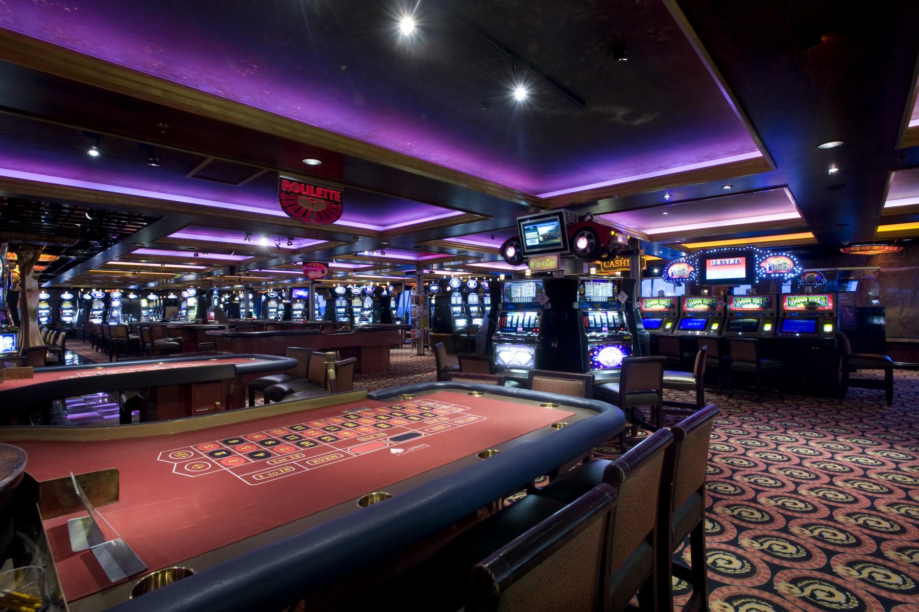 Carnival Fascination Casino Royale 1.jpg