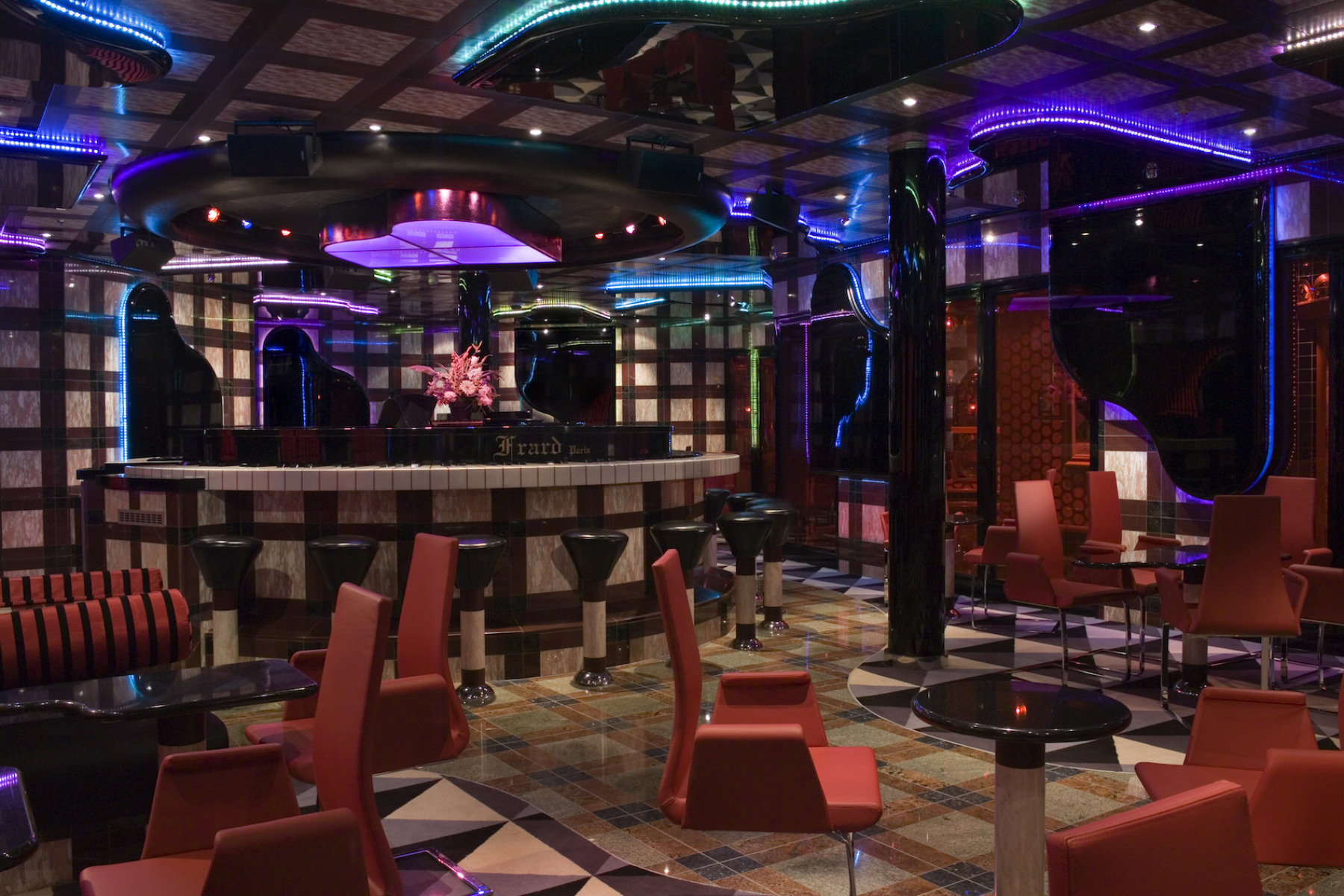 Carnival Splendor Grand Piano Bar 1.jpg