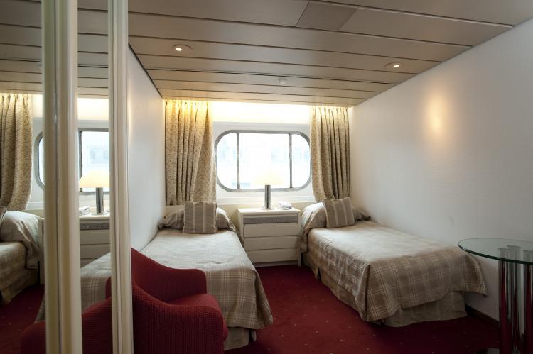 fred olsen cruise lines balmoral outside cabins 2 2014.jpg