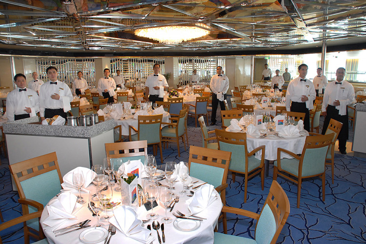 fred olsen cruise lines balmoral dining 6 2014.jpg