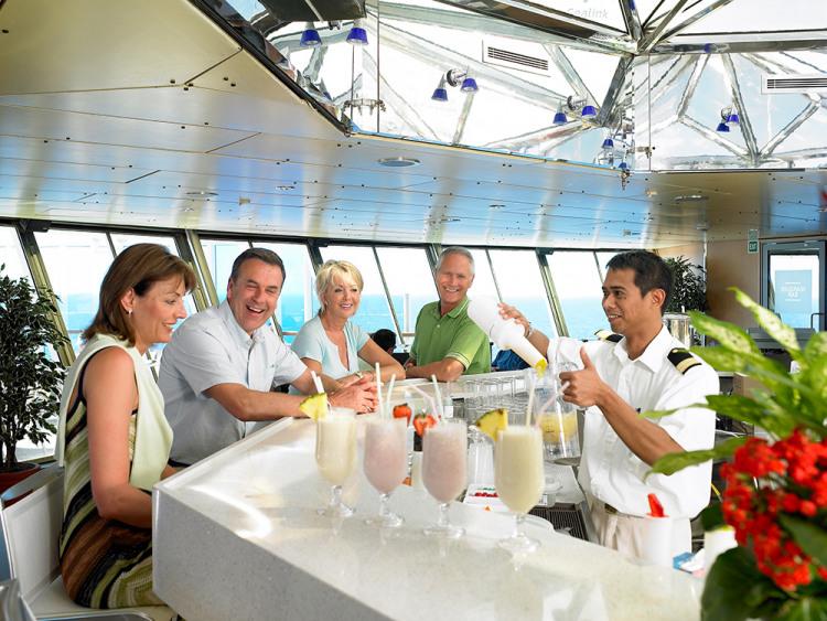 fred olsen cruise lines balmoral bar 2 2014.jpg