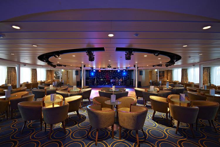 fred olsen cruise lines balmoral lounge 3 2014.jpg