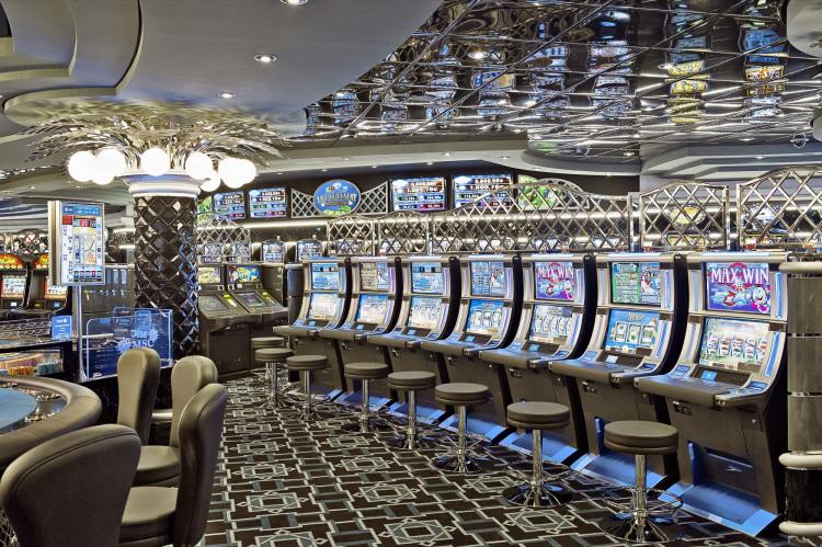 MSC Fantasia Class casino 3.jpg