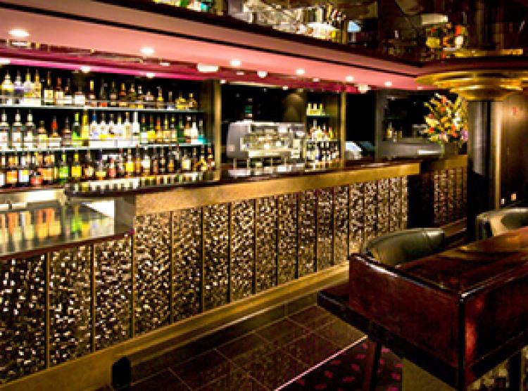Norwegian Cruise Line Norwegian Epic Interior Epic Theatre Bar.jpg